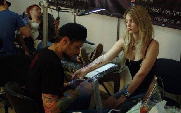 Мистецтво не для всіх: у Києві відкрився міжнародний фестиваль тату