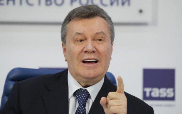 Конституционный суд похоронил скандальный закон Януковича