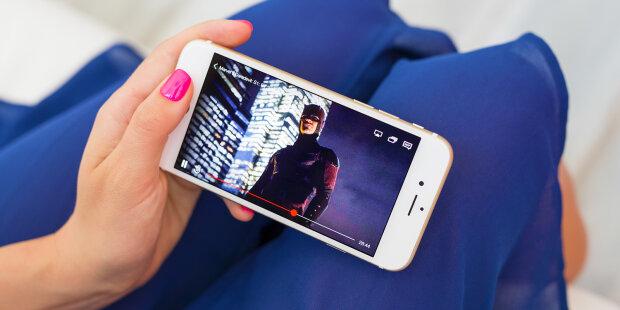 Перегляд фільму зі смартфона