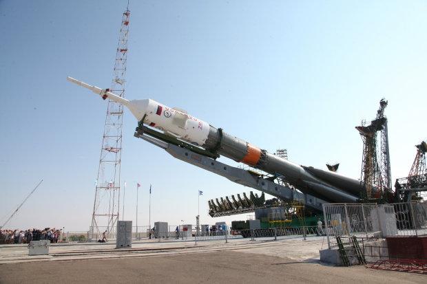 """Росія запустить """"алкогольну ракету"""": ніхто не знає - боятися, чи сміятися"""