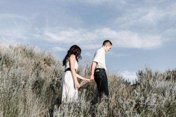 """Заміж з-під палки: на Закарпатті дівчину віддали родині священика """"за гріхи"""""""