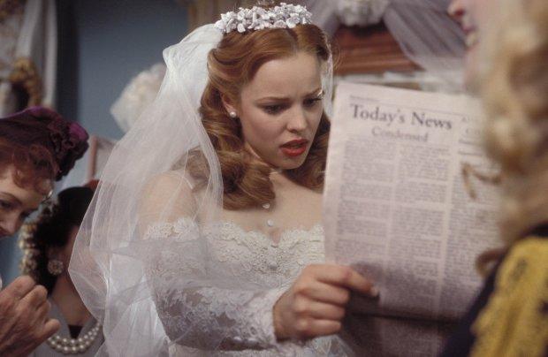 """""""Тоді я ще не знала, навіщо мені це, а тепер зрозуміла"""": 61-річна наречена планує зшити весільну сукню з волосся померлої матері"""