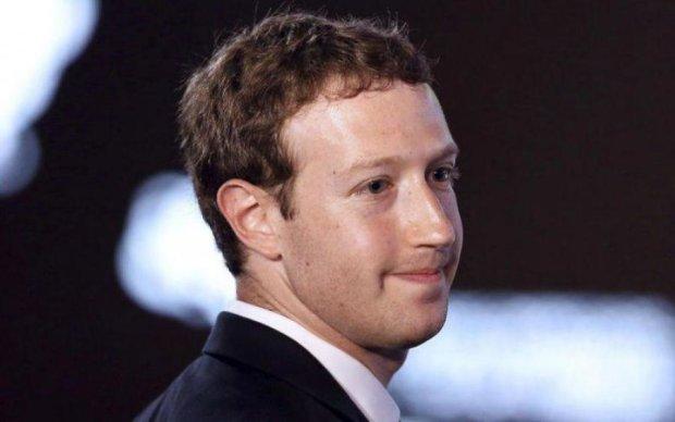 Співзасновник Apple видалився з Facebook