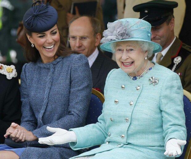Єлизавета II і Кейт Міддлтон, фото GettyImages