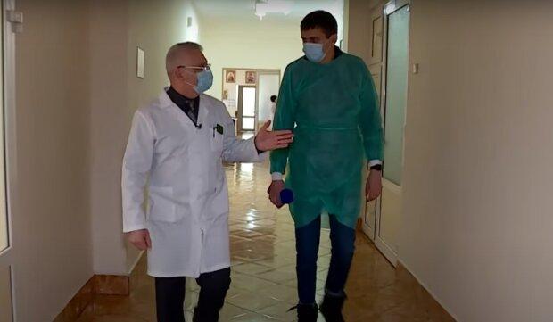 Закарпаття атакував китайський вірус, медики б'ють на сполох - лікувати легені нічим