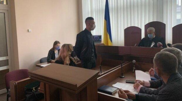 Во Львове вердикт суда услышал поджигатель машины журналистки - лучшие годы пройдет в тюрьме