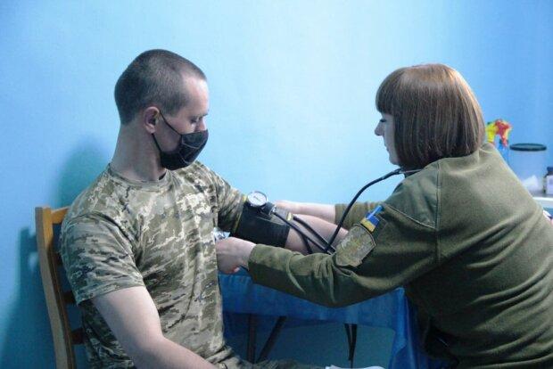 вакцинація в зоні ООС, фото з Facebook