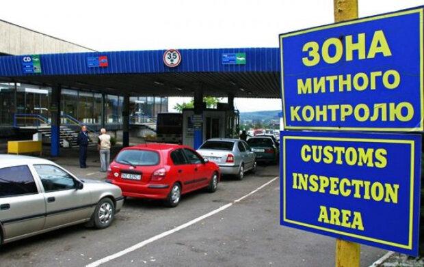 Помста на мільйони: контрабандисти знищили єдиний сканер одеської митниці