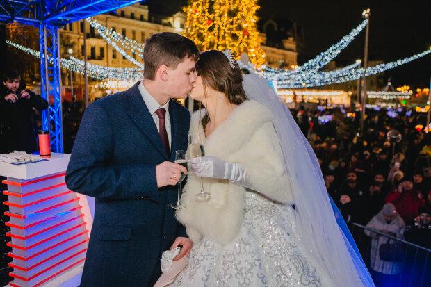 Визволений з Росії моряк Ейдер зіграв весілля з коханою: з'явилися ніжні фото