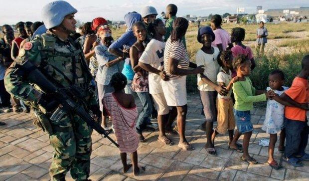 Миротворцы ООН обменивают товары на секс-услуги