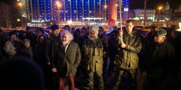 """Уральские """"добровольцы"""" собирают деньги, чтобы уехать из ЛНР"""