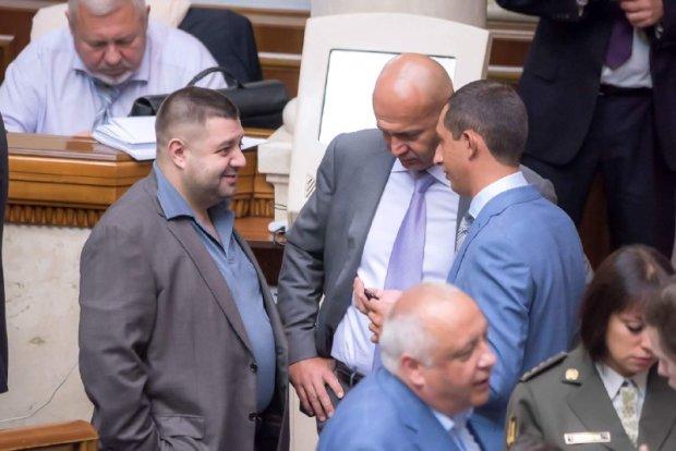 """Поразка Кононенка, Грановського і """"компанії"""" на виборах: українці дали цінну пораду друзям Порошенка"""