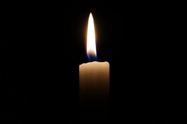свічка пам'яті, фото Pxhere