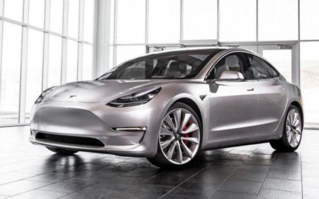 Tesla розсекретила характеристики Model 3