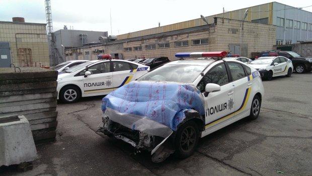 Бос патрульної поліції потрапив у ДТП: службова іномарка вщент