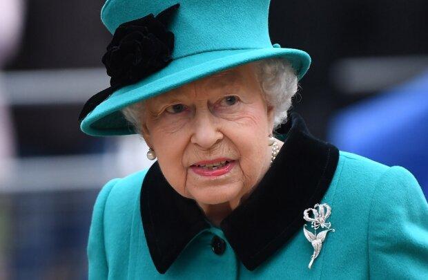 Доигрались Меган Маркл и принц Гарри не на шутку разозлили королеву они теперь никто