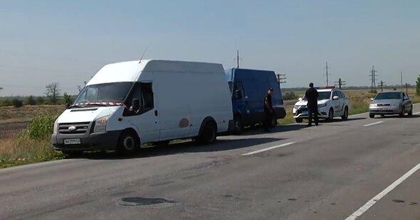 Под Запорожьем расстреляли автобус с людьми, киллер сидел в засаде: крики и кровь по всей дороге