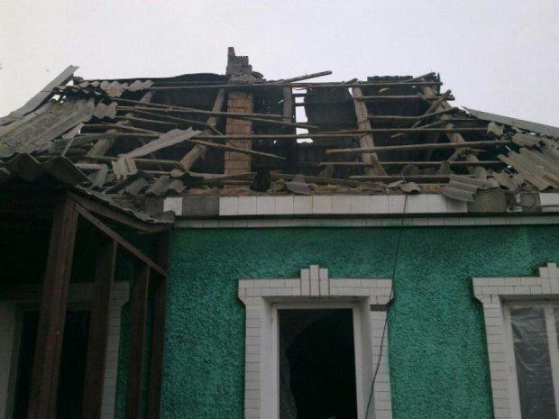 Бойовики обстріляли Авдіївку - будинки залишилися без дахів