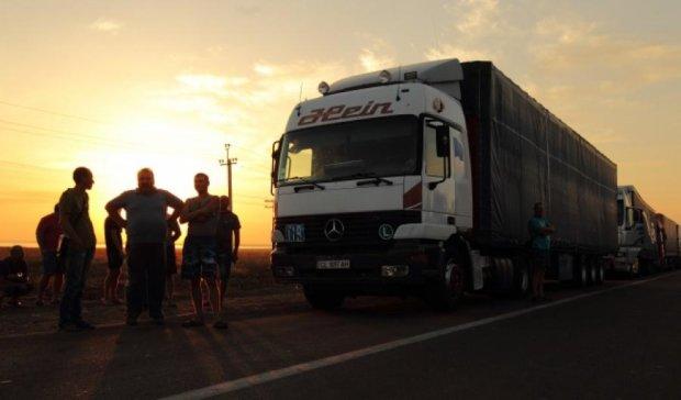 Из-за блокады продукы в Крыму подорожали и стали исчезать  - крымчане