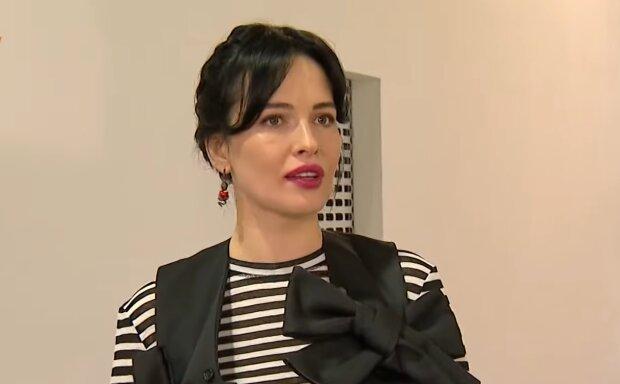 Даша Астафьева, кадр из видео