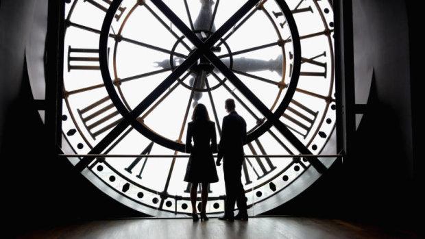 Переход на зимнее время: когда и куда переводить стрелки часов