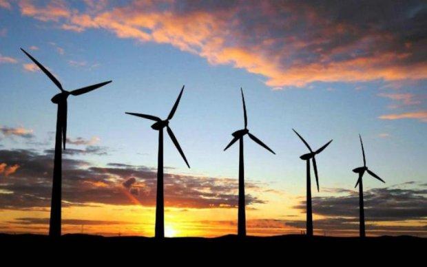 Стало відомо, коли світ перейде на зелену енергію