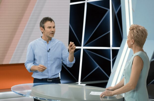 """Вакарчук из """"Голоса"""" подсказал Зеленскому, что нужно изменить в Конституции Украины: """"Немедленно..."""""""