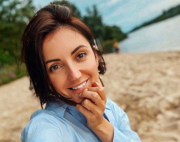 """Кума Дзідзьо Цибульська налякала виглядом на пляжі: """"У кого горить?"""""""