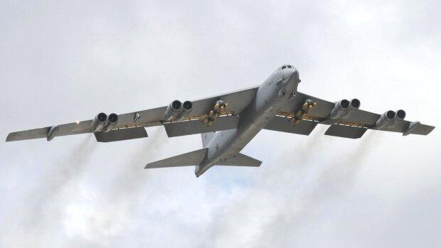 Американские бомбардировщики появились над Черным морем, украинцы замерли: что происходит