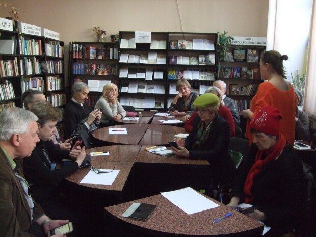 Украинские пенсионеры получат трехразовую прибавку, кому стоит сменить кошелек