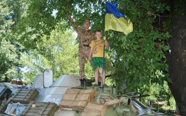 Річниця визволення Лисичанська: місцеві згадують героїв