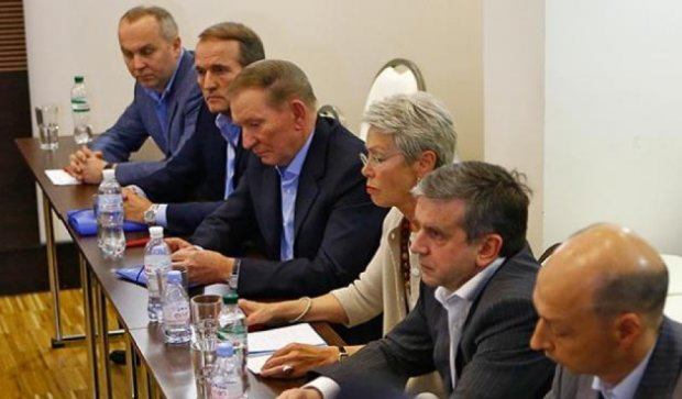 57% украинцев за мирные переговоры с Донбассом - опрос