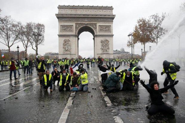 Протесты во Франции: украинцы, живущие в Париже, рассказали о всех ужасах
