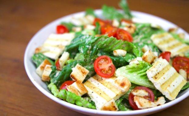 Ідеально під час посту: теплий салат з овочів і тофу