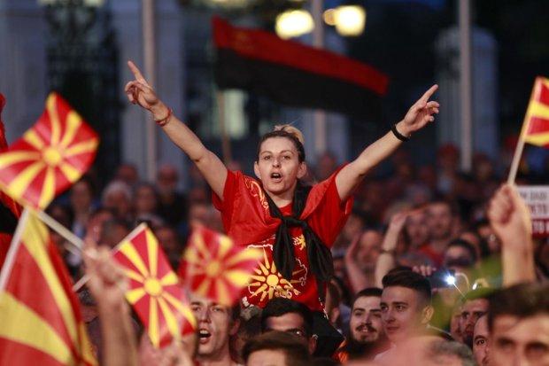 Ласкаво просимо у паралельну реальність: Македонія карає корупціонерів так суворо, що наші чиновники там не виживуть