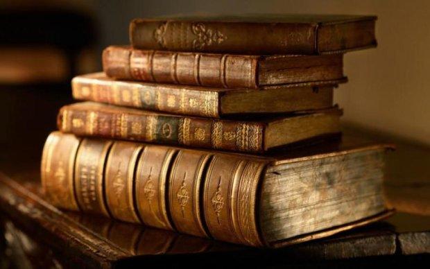 Дорогоцінні українські книги оцифрують в Гарварді