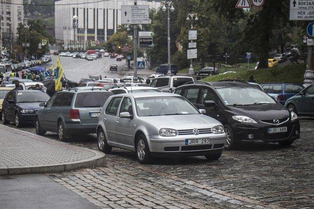 Пригнати авто з Литви, Польщі чи США: скільки коштує техогляд, ремонт та сама машина