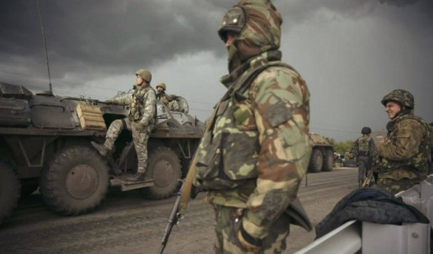 Двоє українських військових отримали поранення на Луганщині