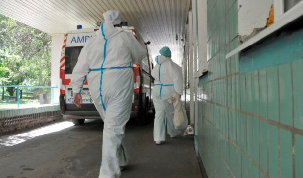 Ужасы харьковской больницы показали изнутри, страшно смотреть: ледяная вода и плесень на матрасах
