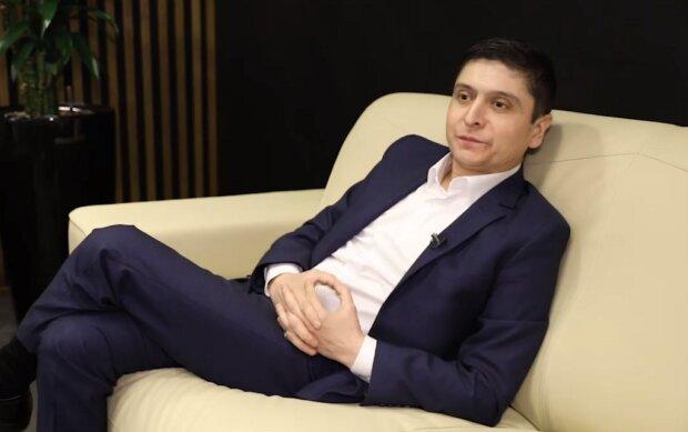 Умід Ісабоев, Mash