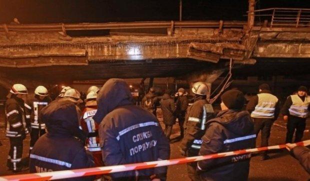 Відповідь за обвал Шулявського мосту лежить на столичній владі і на мерові, зокрема