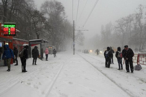 """""""Укрзализныця"""" будет пропускать пассажиров в вагоны по-новому - изменения, о которых стоит помнить каждому"""