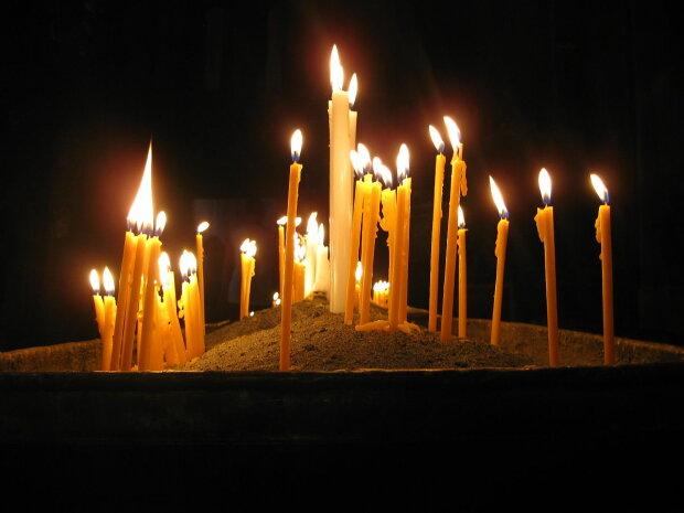 Свічки за упокій, Фото з відкритих джерел