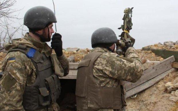 Выгнали боевиков: украинские воины провели спецоперацию на Донбассе