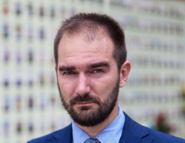 """Депутат від """"Слуги народу"""" попався на гарячому: """"Спочатку вимагав закрити, а тепер..."""""""