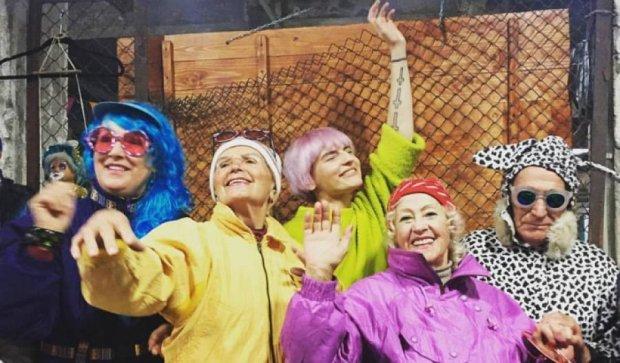 """Благодійна барахолка """"Кураж базар"""" пройшла у Києві (фото, відео)"""