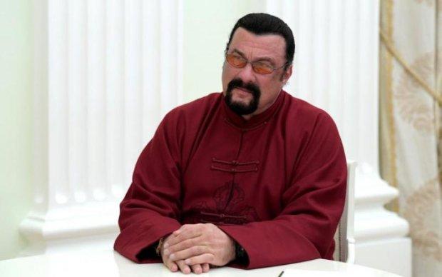Стівен Сігал стане придворним трубачем Путіна