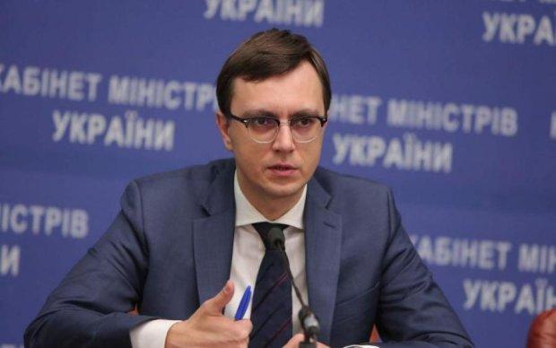 Министр Омелян посоветовал украинцам искать причину плохих дорог в другом месте