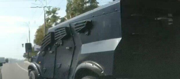 броньовик / скріншот з відео