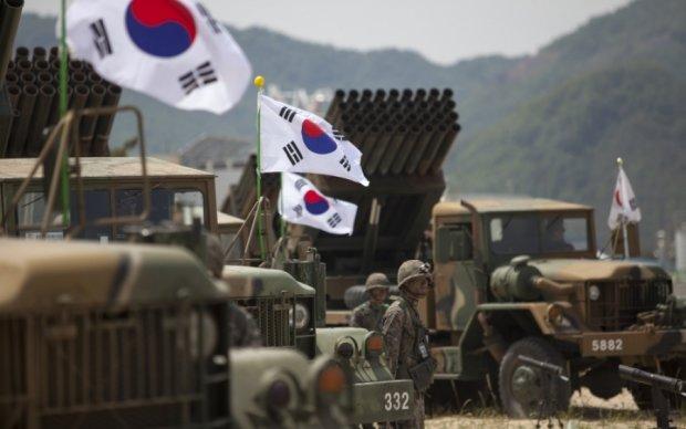 Южная Корея перешла в полную боеготовность
